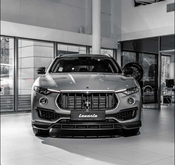 Maserati Levante Diesel вид спереди