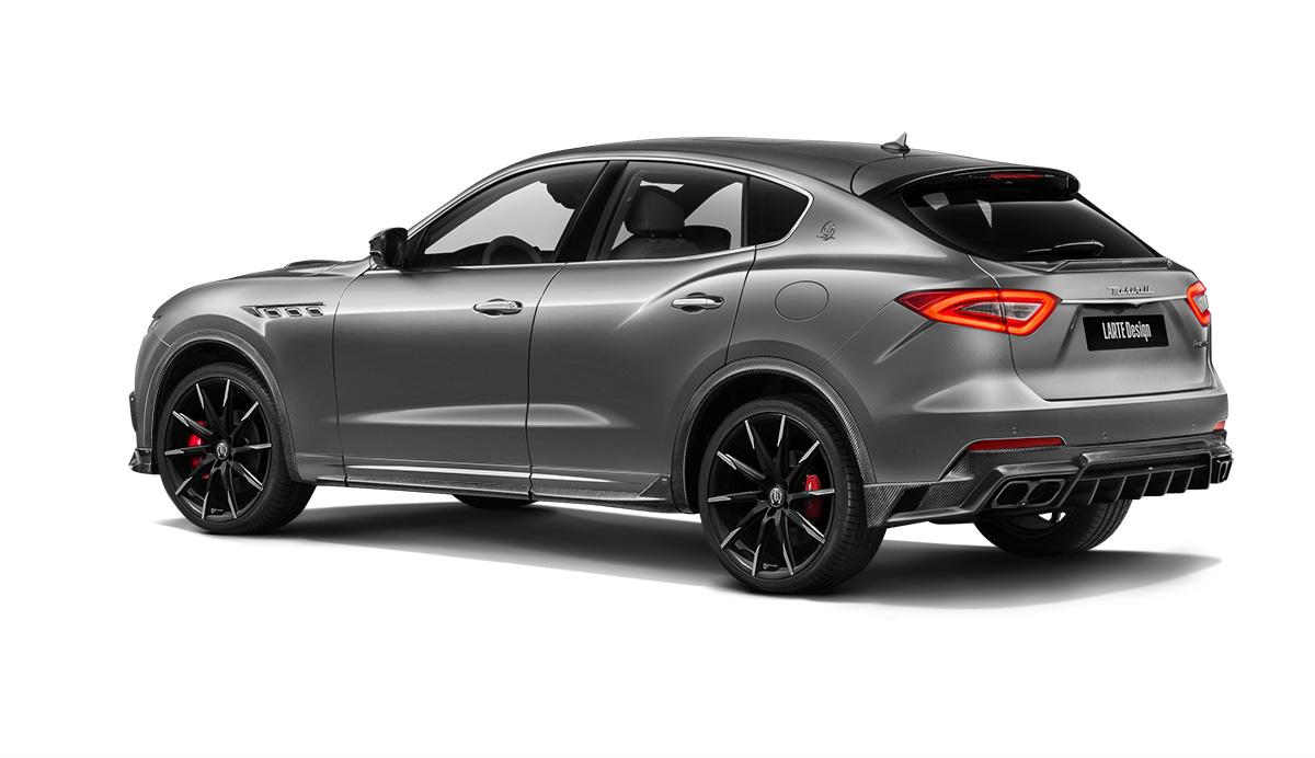 Maserati levante с обвесом Shtorm вид сзади